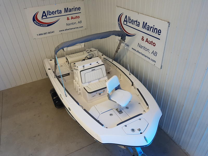 2017 Yamaha boat for sale, model of the boat is 190 FSH DELUXE & Image # 2 of 9