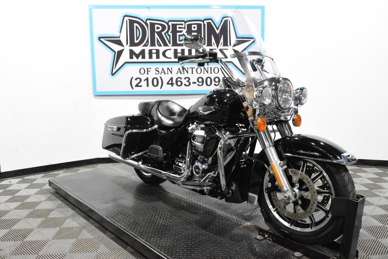 Harley Davidson San Antonio >> 2018 Harley Davidson Flhr Road King Dream Machines Of
