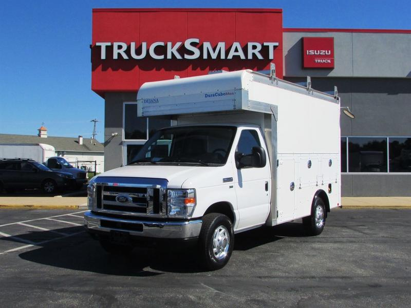 2016 Ford E350 Enclosed Utility SERVICE - UTILITY TRUCK 582812 Service - Utility Truck