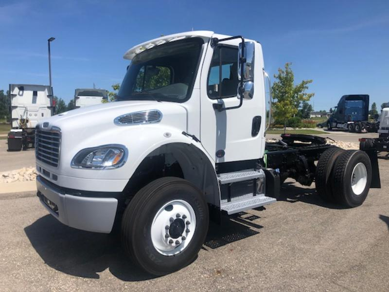 2020 Freightliner® M2 106 114723 | West Michigan International