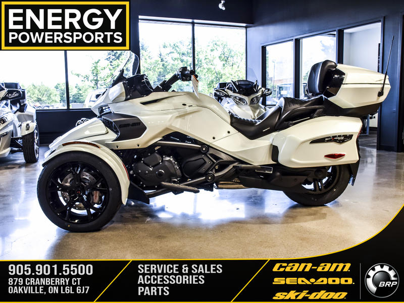 2019 Can-Am ATV Spyder® F3 Limited Dark | 2 of 23