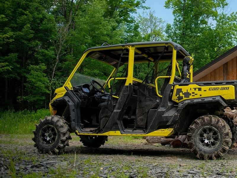2019 Can-Am™ Defender Max X mr HD10 11