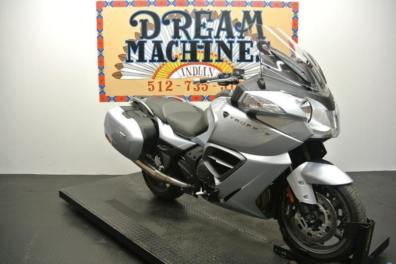 Trophy -- Dream Machines Indian 2014 Triumph Trophy SE ABS  14436 Miles Silver