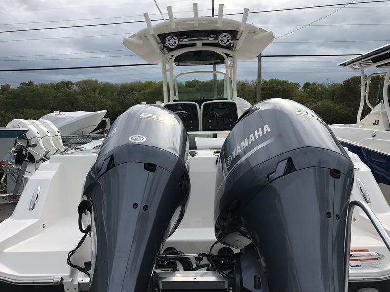 2019 Wellcraft 262 Fisherman | Riva Motorsports Miami on