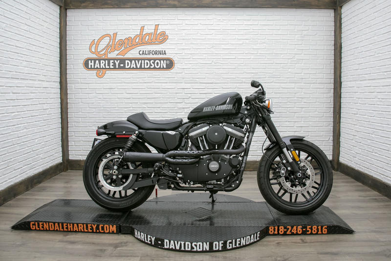 2017 Harley-Davidson XL1200CX - Roadster 1