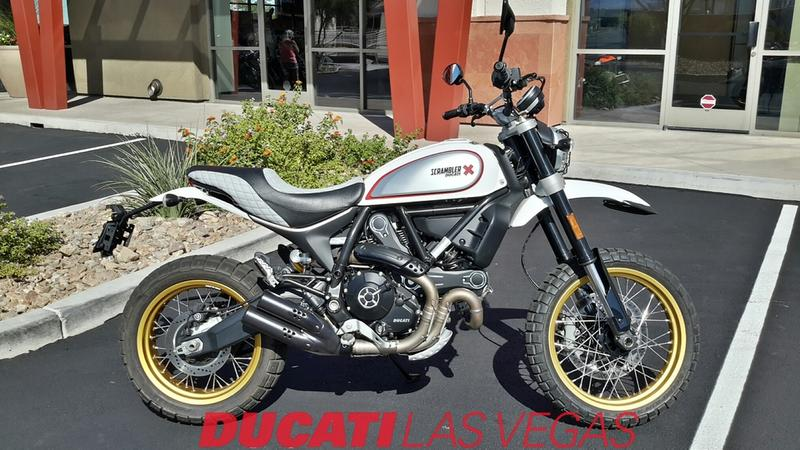 Swell 2018 Ducati Scrambler Desert Sled White Mirage Sin City Machost Co Dining Chair Design Ideas Machostcouk