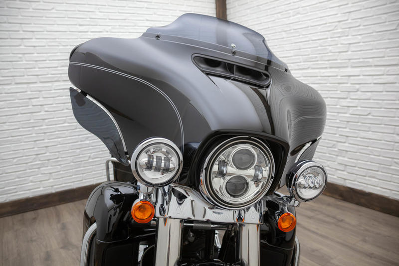 2015 Harley-Davidson FLHTCUL - Electra Glide Ultra Classic Low 10