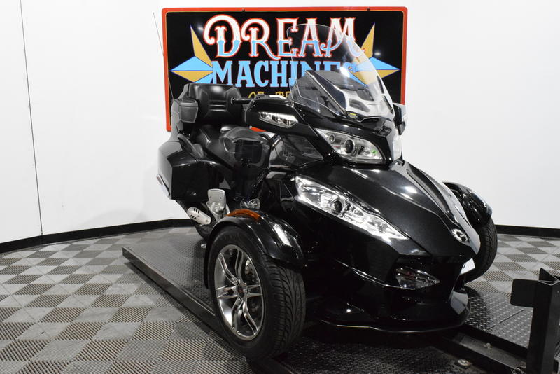 Can-Am Spyder Roadster RT-S SM5 Managers Special -- Dream Machines of Texas 2010 Can-Am Spyder Roadster RT-S SM5 Managers Special  1