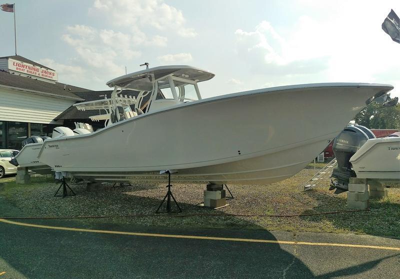 2020 TideWater Boats Tidewater 320 CC Adventure | Coastal