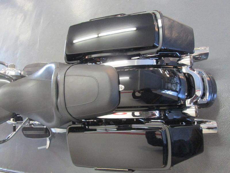 2013 Harley-Davidson FLHX - Street Glide 6