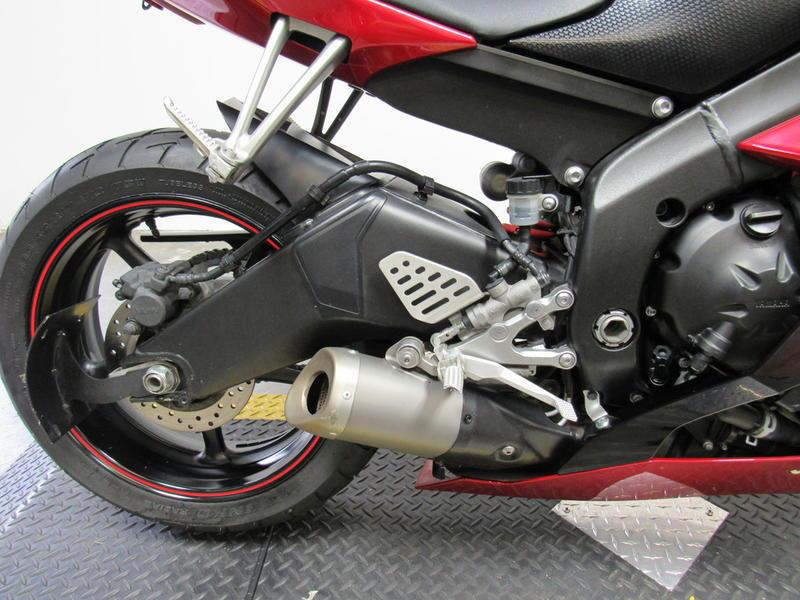 2011 Yamaha R6 2