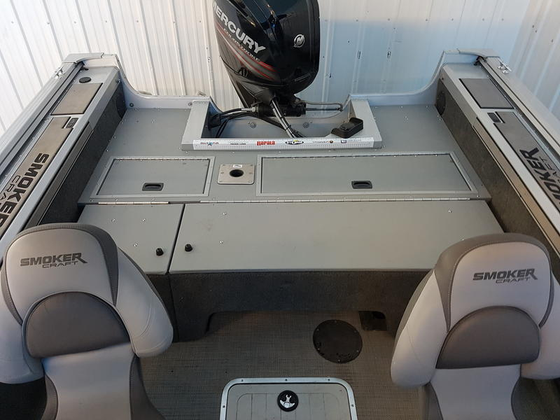 2017 Smoker Craft boat for sale, model of the boat is Pro Mag 172 & Image # 9 of 10
