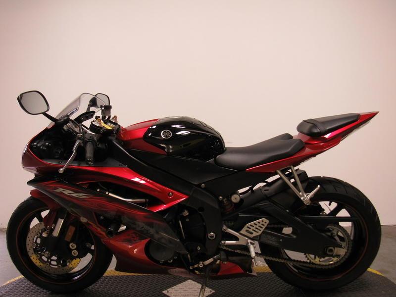 2011 Yamaha R6 8