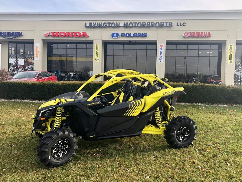 2018 Can-Am® Maverick™ X3 X™ mr TURBO R X3XMR-TurboR | Lexington