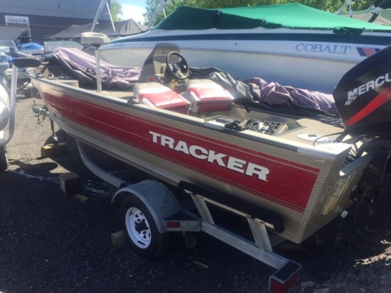 For Sale: 2002 Tracker Boats 16v ft<br/>Bay Marine