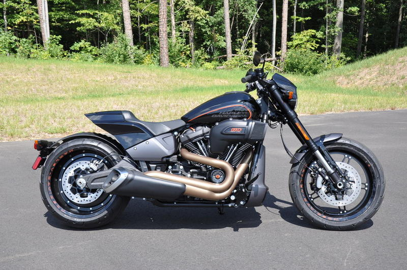 2019 Harley-Davidson® FXDRS - FXDR™ 114 | Riding High ...