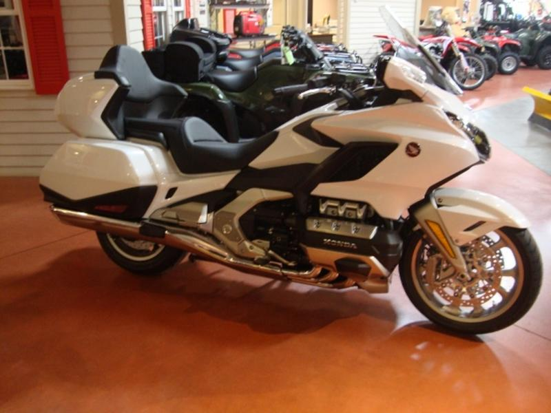 2018 Honda Gold Wing Tour Automatic DCT Pearl White for sale 141082