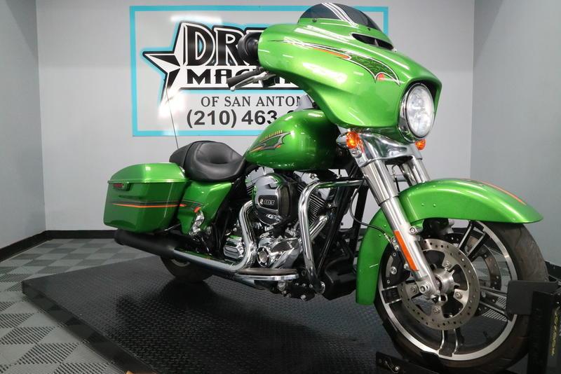 2015 Harley-Davidson® FLHX - Street Glide® | Dream Machines