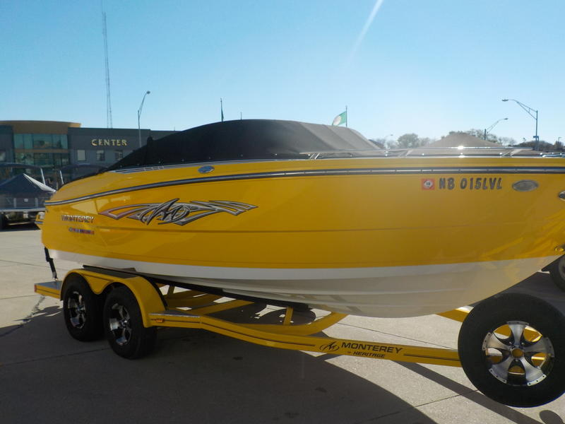 2016 Monterey boat for sale, model of the boat is 218SS & Image # 11 of 21