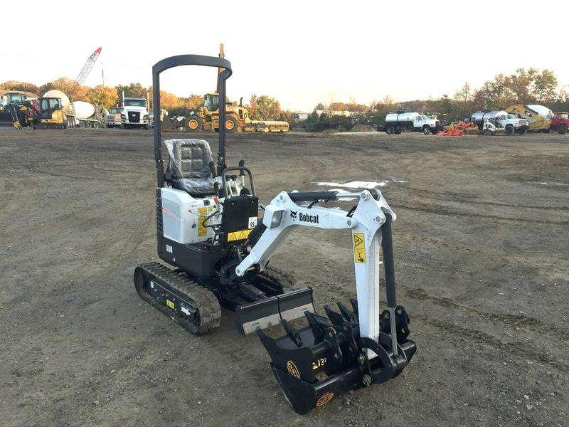 NEW 2017 BOBCAT E08 MINI EXCAVATOR EQUIPMENT #538588