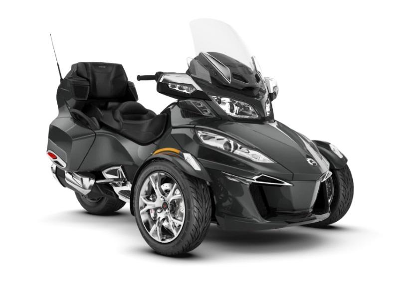 2019 Can-Am™ Spyder RT Limited Chrome 1