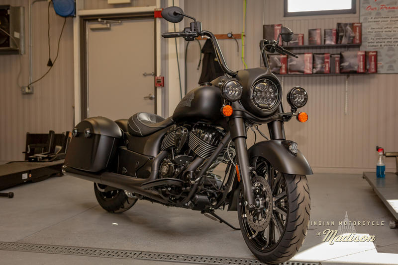 2019 Indian Motorcycle® Springfield® Dark Horse® Thunder