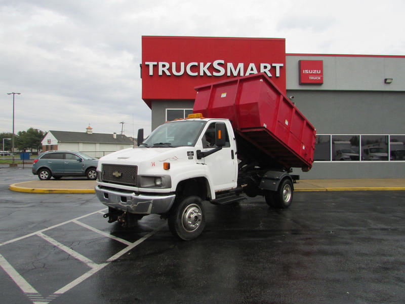 2005 Chevrolet C4500 Roll-Off Truck