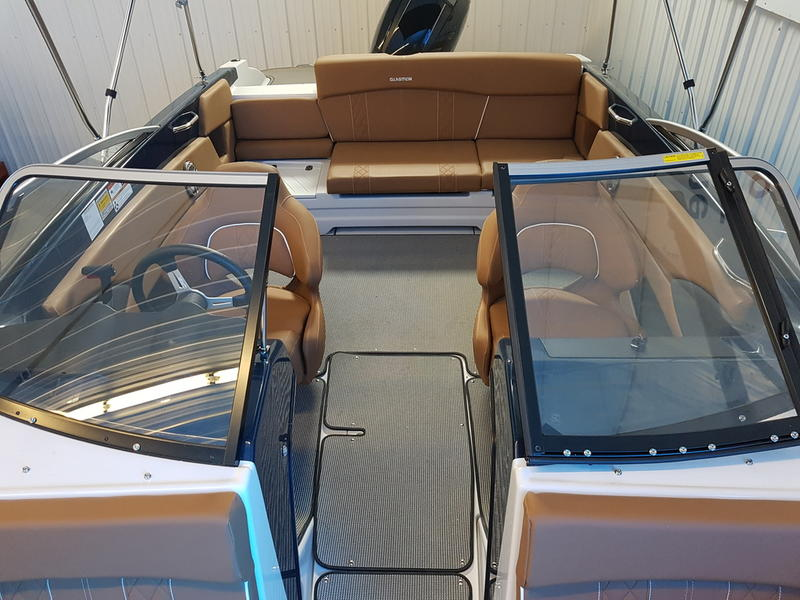 2017 Glastron boat for sale, model of the boat is GT 200 & Image # 5 of 7