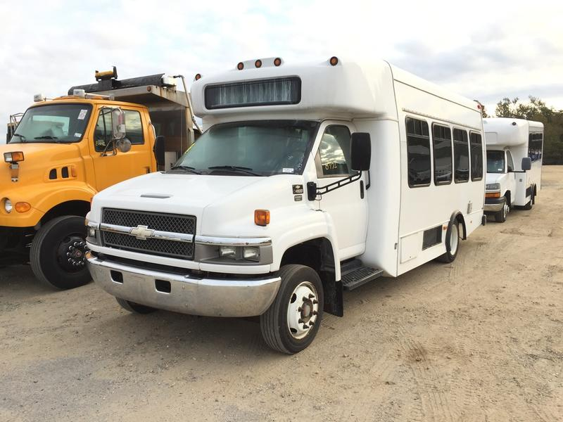 Buses for sale 2007 chevrolet c4500 passenger bus fandeluxe Image collections
