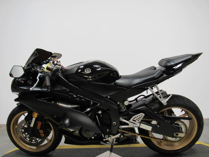 2009 Yamaha R6 7