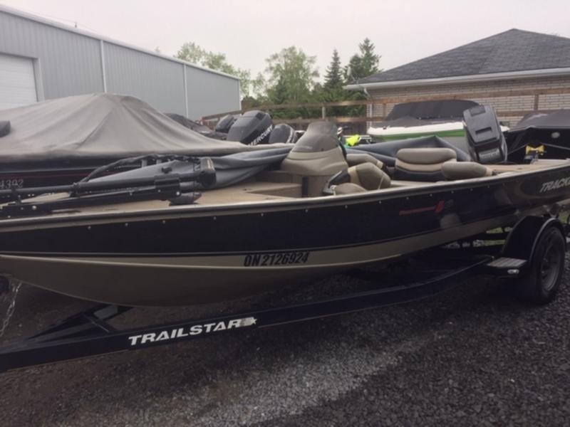 1999 TRACKER BOATS V18 BASS for sale