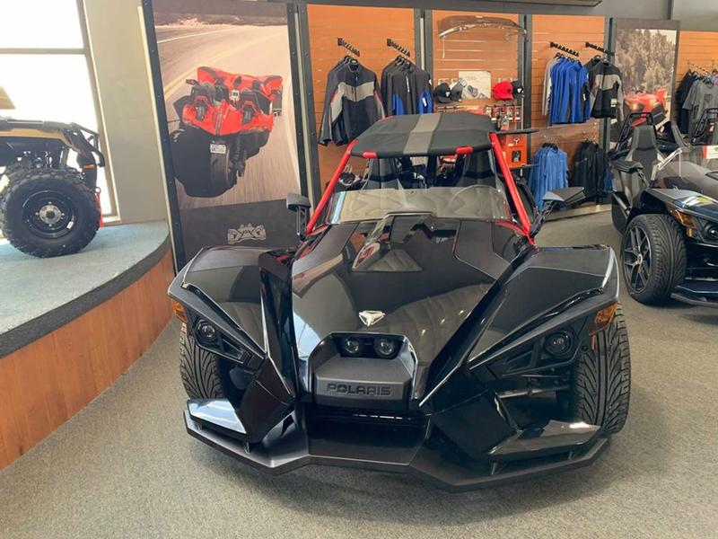 2016 Polaris Slingshot® Reverse Trike SL LE   Power Pac