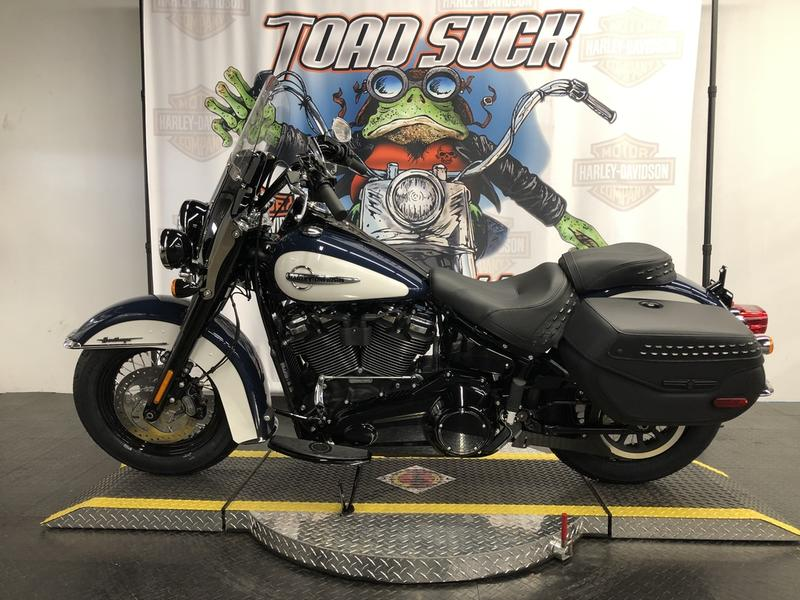 2019 Harley-Davidson® FLHC - Softail® Heritage Classic | Toad Suck