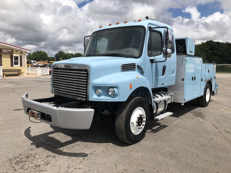 USED 2007 FREIGHTLINER M2 106 SERVICE - UTILITY TRUCK #636837