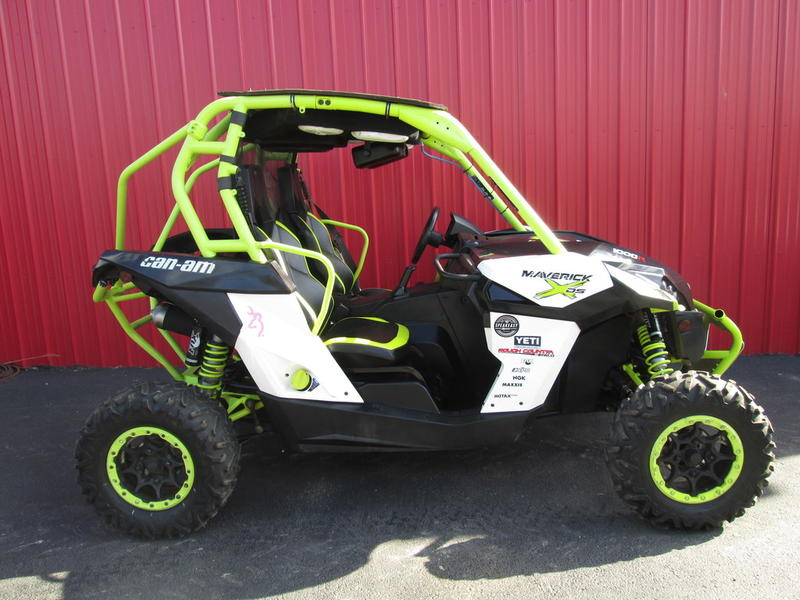 2015 Can-Am™ Maverick X ds 1000R 1