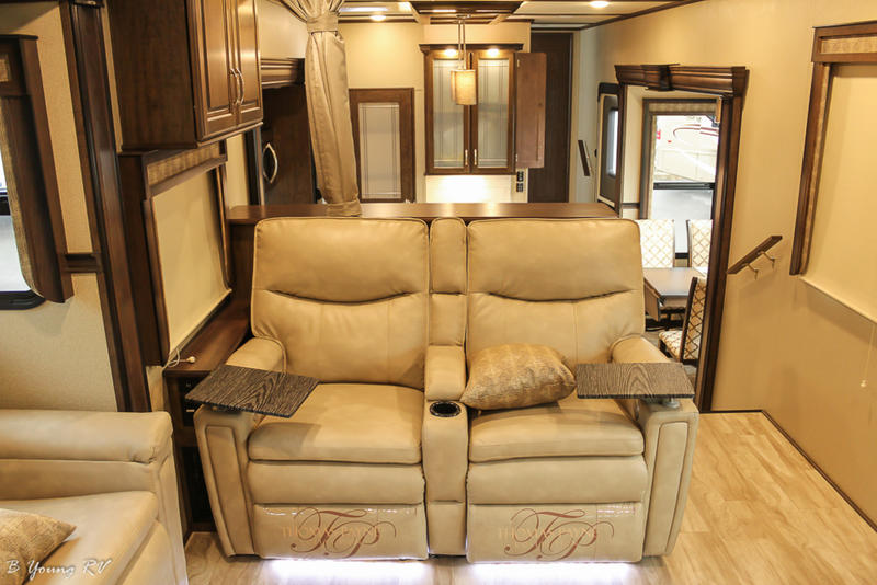 Peachy 2019 Grand Design Solitude 375Res 375Res R B Young Rv Machost Co Dining Chair Design Ideas Machostcouk