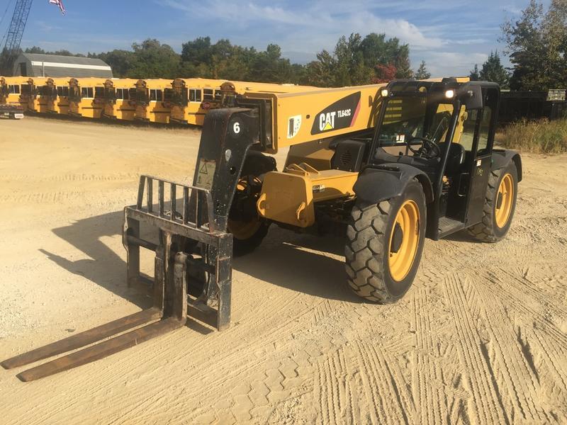 2013 CATERPILLAR TL642C Forklift