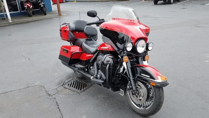 2010 Harley-Davidson® FLHTK - Electra Glide® Ultra Limited
