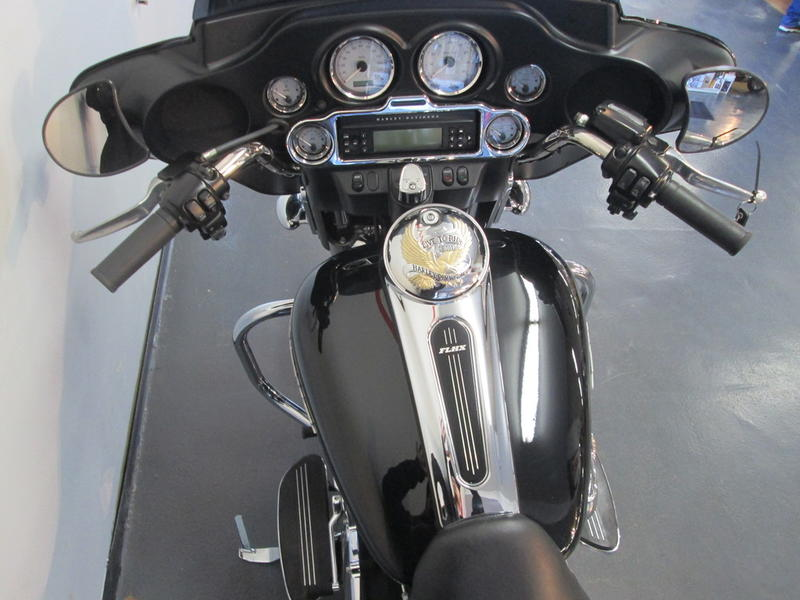 2013 Harley-Davidson FLHX - Street Glide 7