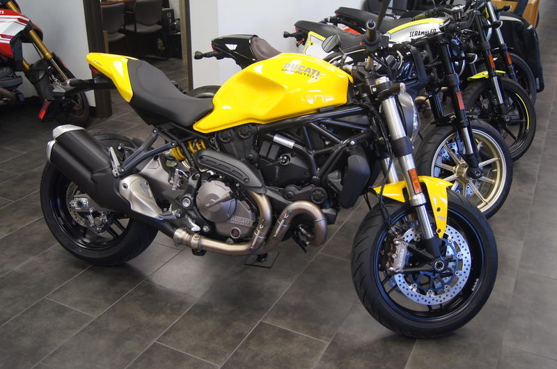 2018 Ducati Monster 821 Yellow | BMW Motorcycle of North Dallas