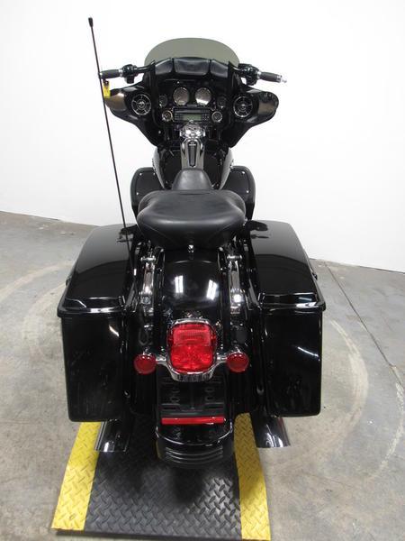 2009 Harley-Davidson FLHX - Street Glide 5