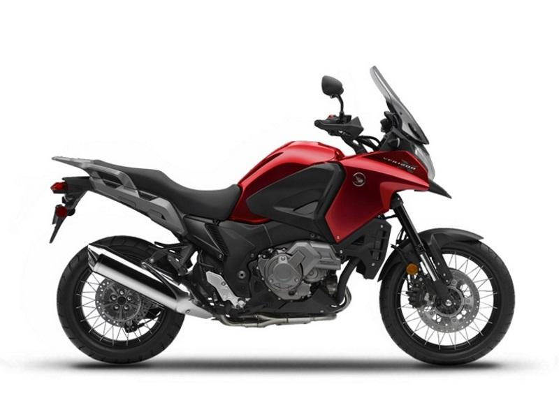 2017 Honda® VFR1200X | Peak Honda World