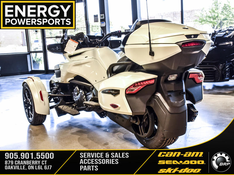 2019 Can-Am ATV Spyder® F3 Limited Dark | 3 of 23