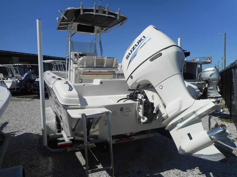 Used  2016 Carolina Skiff Ultra Elite Series 23 Center Console in Gulfport, Mississippi