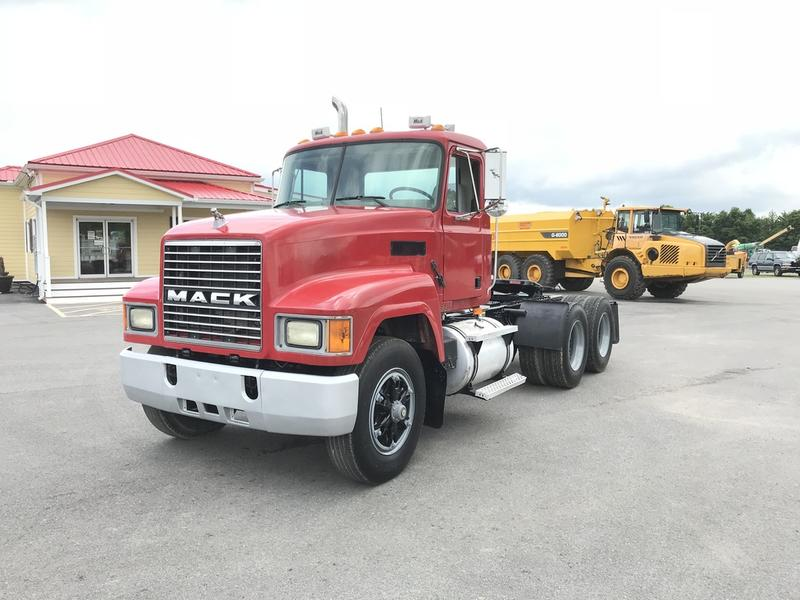 2003 MACK CH613 CAB CHASSIS TRUCK #576931