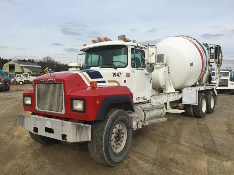 USED 2000 MACK RD688S CONCRETE MIXER TRUCK #371760