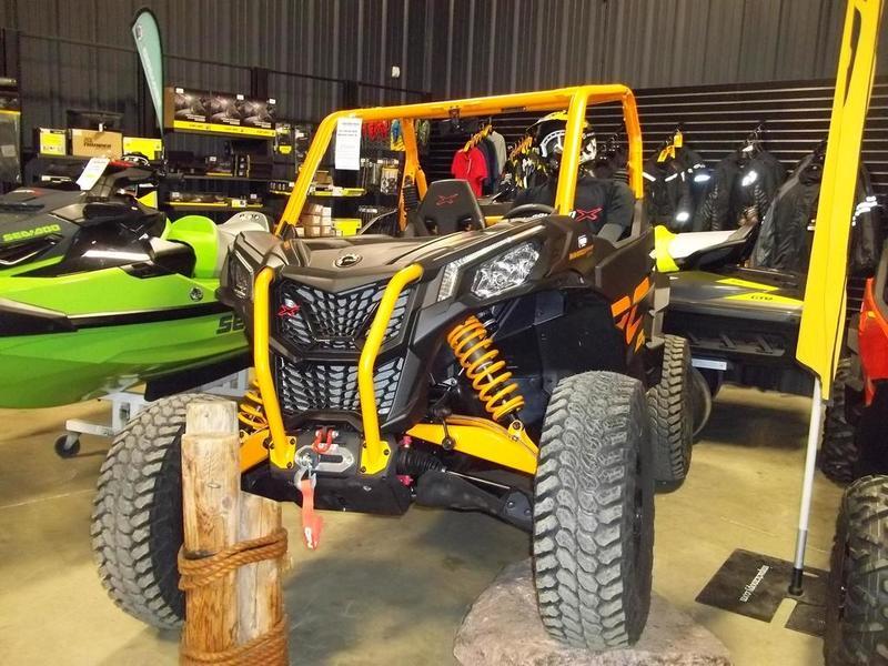 2020 Can-Am ATV Maverick™ Sport X RC 1000R | 3 of 4