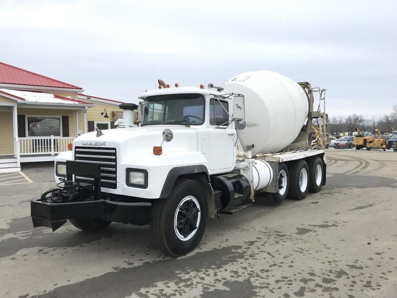 USED 1999 MACK RD688S CONCRETE MIXER TRUCK #596264