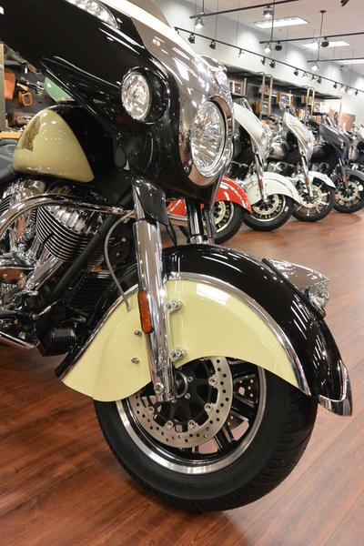 Ride Now Concord >> 2019 Indian Motorcycle® Chieftain® Classic Thunder Black / Ivory Cream | RideNow Concord