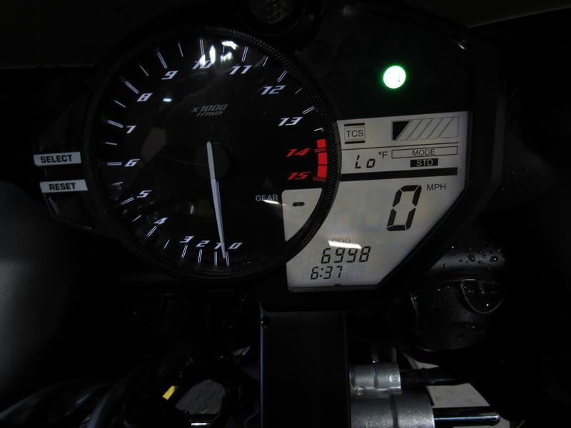 2014 Yamaha R1 7